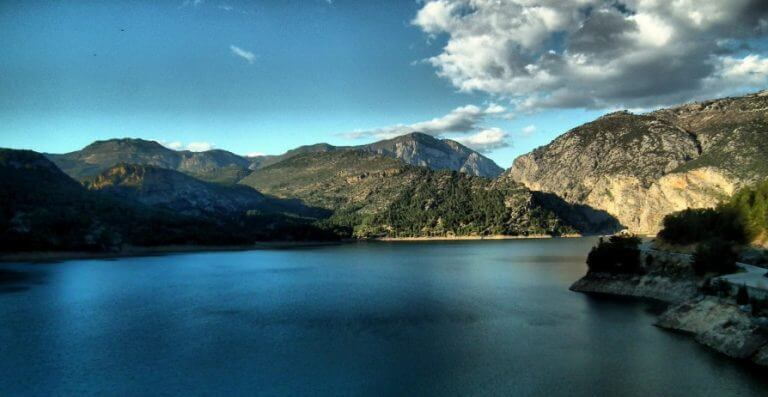 Озеро Оймапынар